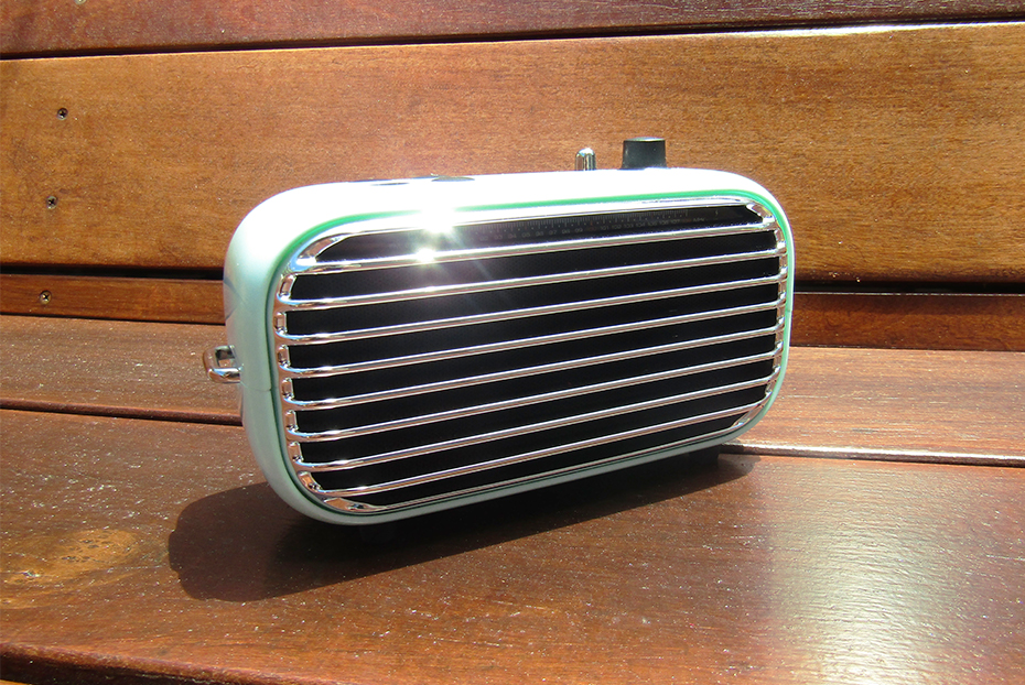 Review of Lofree's Retro Poison Bluetooth Speaker