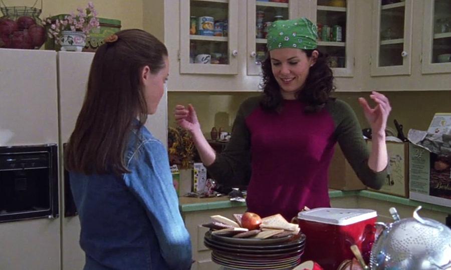 Lorelai making pop tarts for Rory