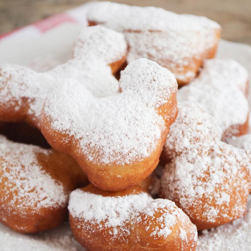 Copycat recipe for Disneyland's Mickey Mouse beignets