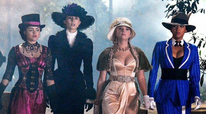 Pretty Little Liars in Victorian Halloween costumes