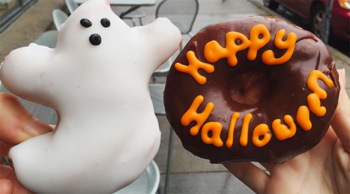 """Ghost and """"Happy Halloween"""" donuts"""