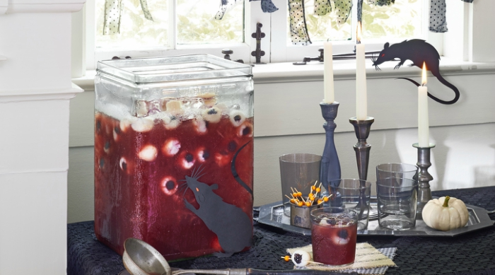 Halloween eyeball party punch