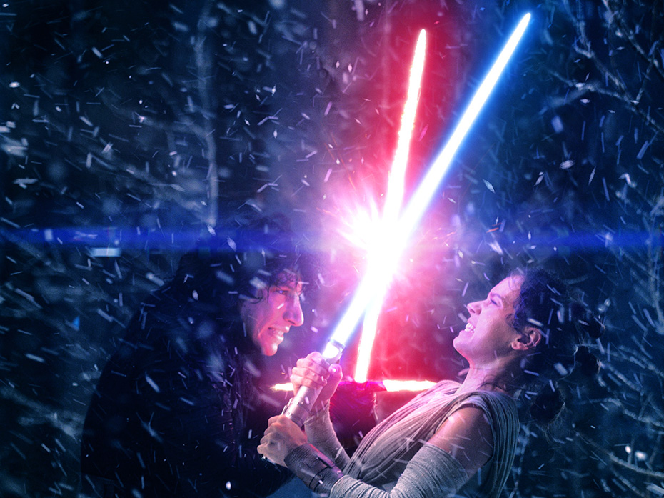 Kylo Ren and Rey lightsaber duel