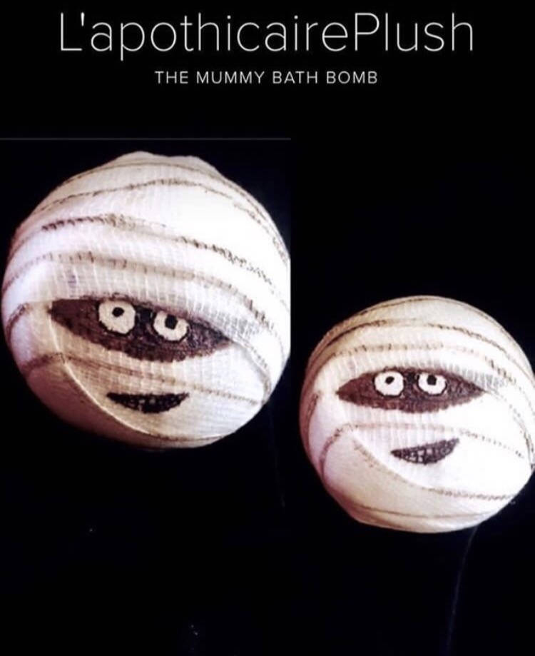 Mummy bath bombs from Etsy