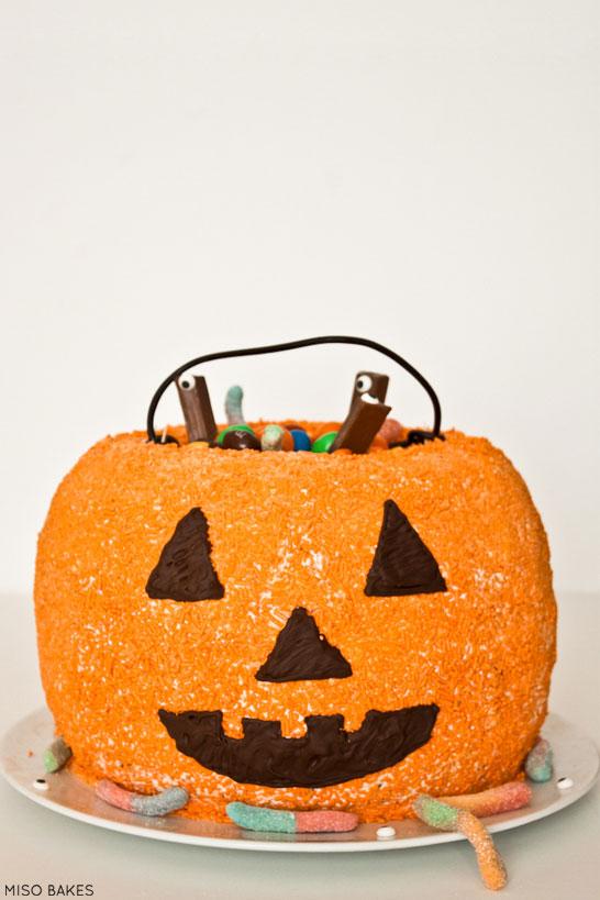 Pumpkin-Shaped Dessert Recipes To Make This Season