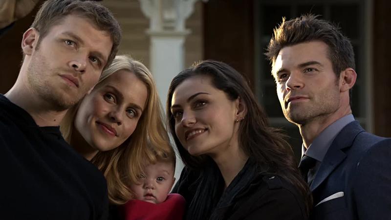 Klaus, Rebekah, Haley and Elijah taking a family selfie on The Originals