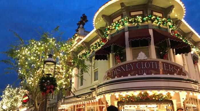 disney holiday decorations