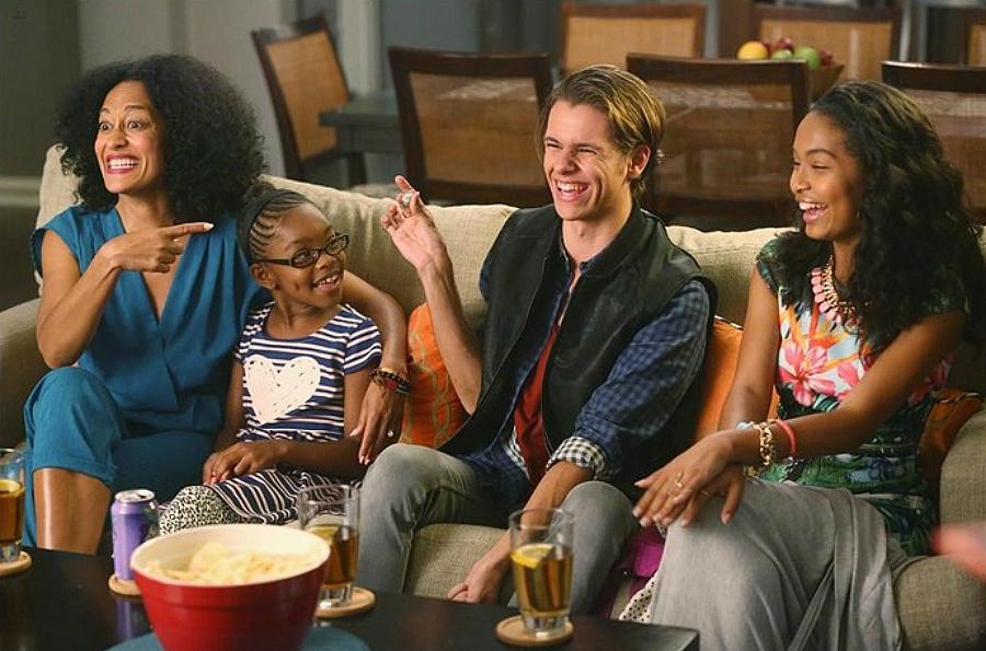 Bkackish, Zoey introducing boyfriend to family