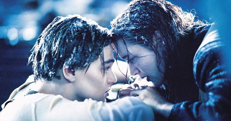 Jack and Rose freezing after the Titanic sank