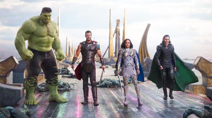 Thor: Ragnarok Revengers : Hulk, Thor, Valkyrie and Loki