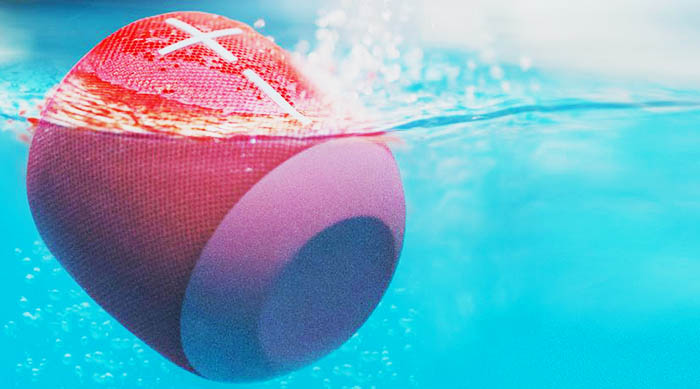 Ultimate Ears Wonderboom speaker under water