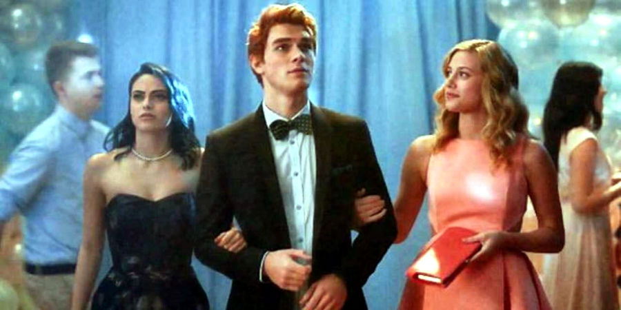 Archie takes Betty and Veronica to the dance