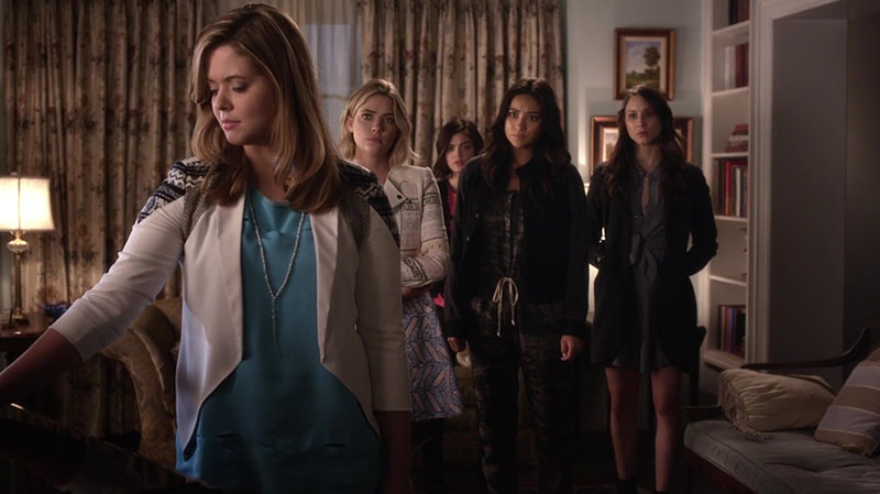 Alison running hand over coffin on Pretty Little Liars