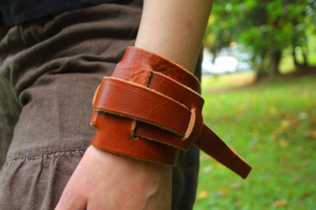 Star Wars Rey leather bracelet