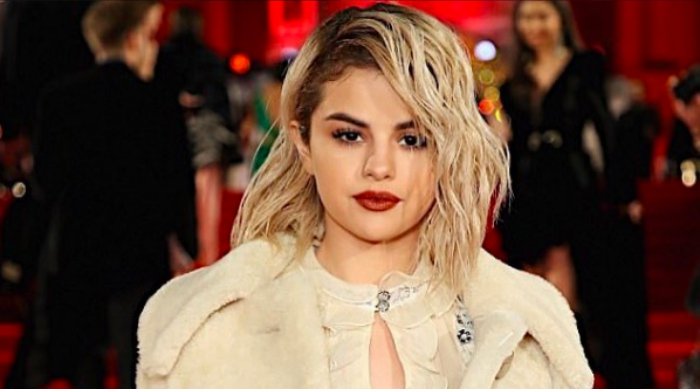 Blonde Selena Gomez