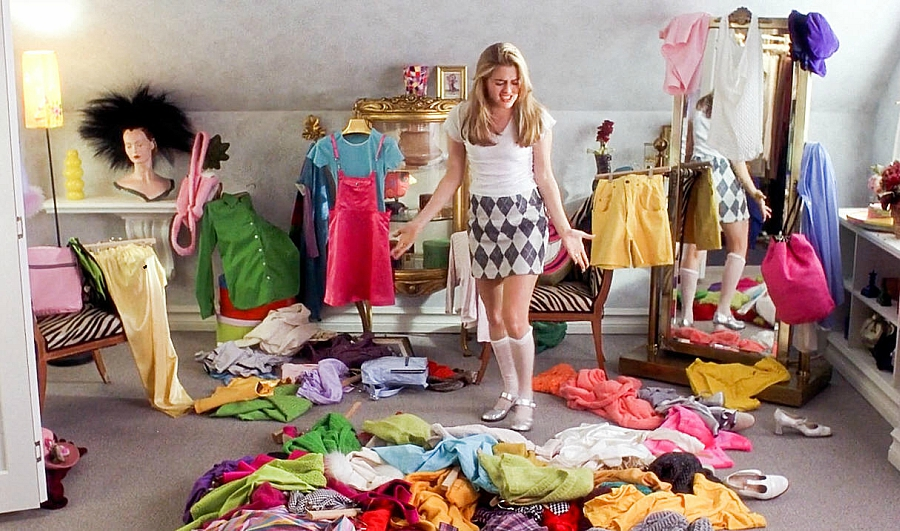 Cher Horowitz messy bedroom
