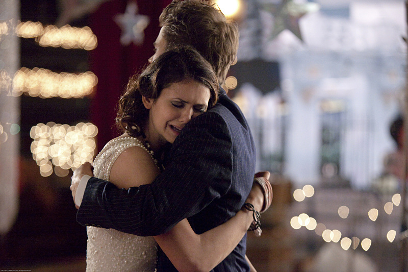 """""""Do Not Go Gentle""""-- Pictured (L-R): Nina Dobrev as Elena and Paul Wesley as Stefan in THE VAMPIRE DIARIES on The CW. Photo: Annette Brown/The CW ©2012 The CW Network. All Rights Reserved."""