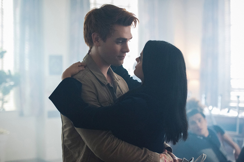 "Riverdale -- ""A Kiss Before Dying"" -- Image Number: RVD201b_0363.jpg -- Pictured (L-R): KJ Apa as Archie Andrews and Camila Mendes as Veronica Lodge -- Photo: Dean Buscher/The CW -- © 2017 The CW Network. All Rights Reserved"