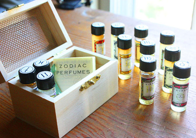 Tarotista Etsy shop's zodiac sign fragrance bottle set