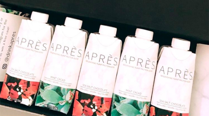 Bottles of Après protein drinks