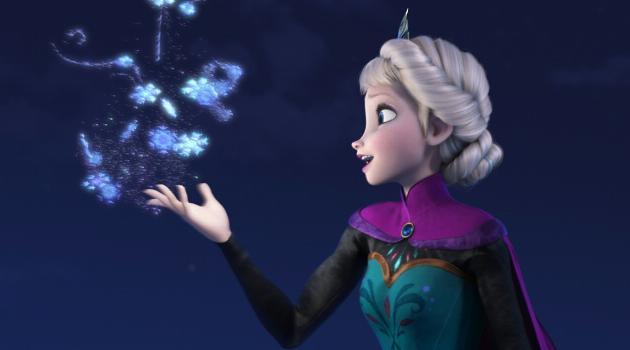 Frozen: Elsa holding up snowflakes