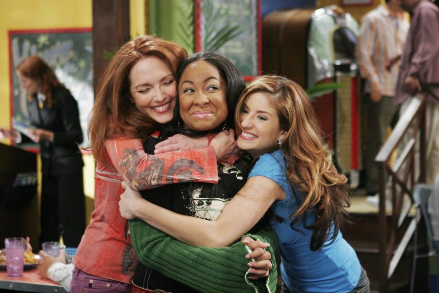 Raven gets big hug from friends