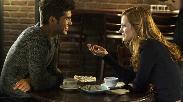 Bella Thorne and Carter Jenkins on a date on an episode of Famous in Love