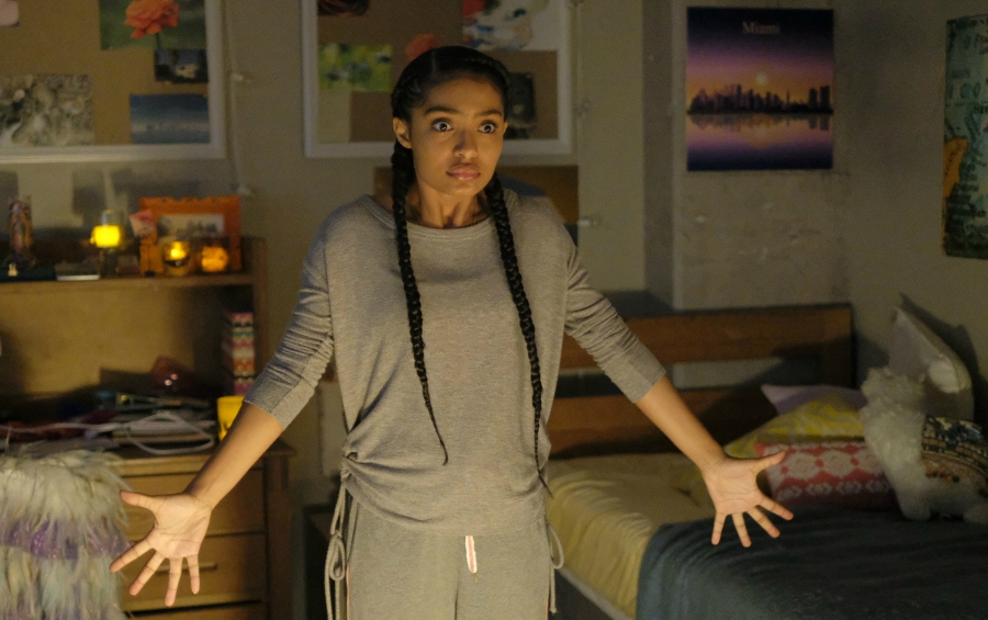 Zoey, Grownish, freaking out