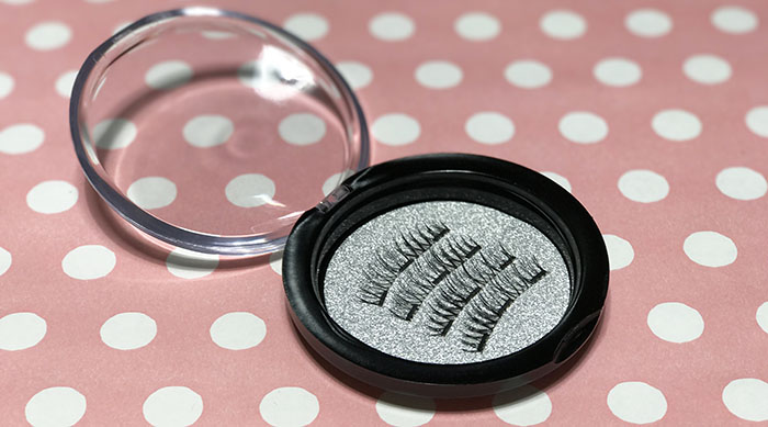 $1 magnetic eyelashes from Wish in a container