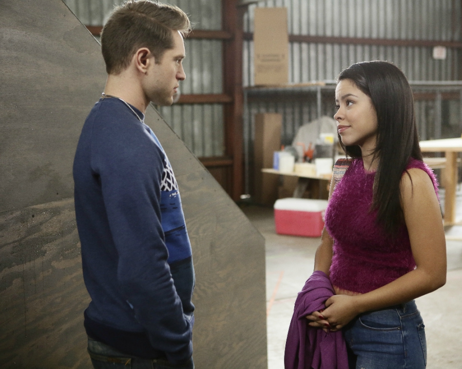 Mariana talking with Nick