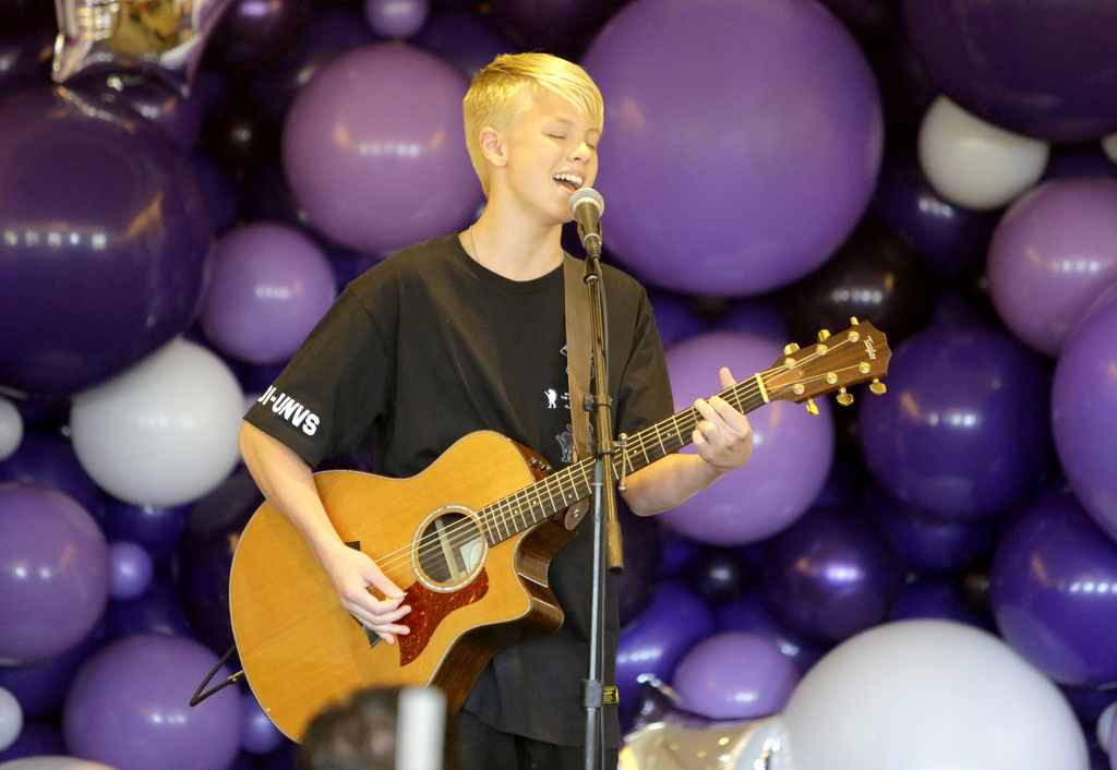 Carson Lueders Playing Guitar