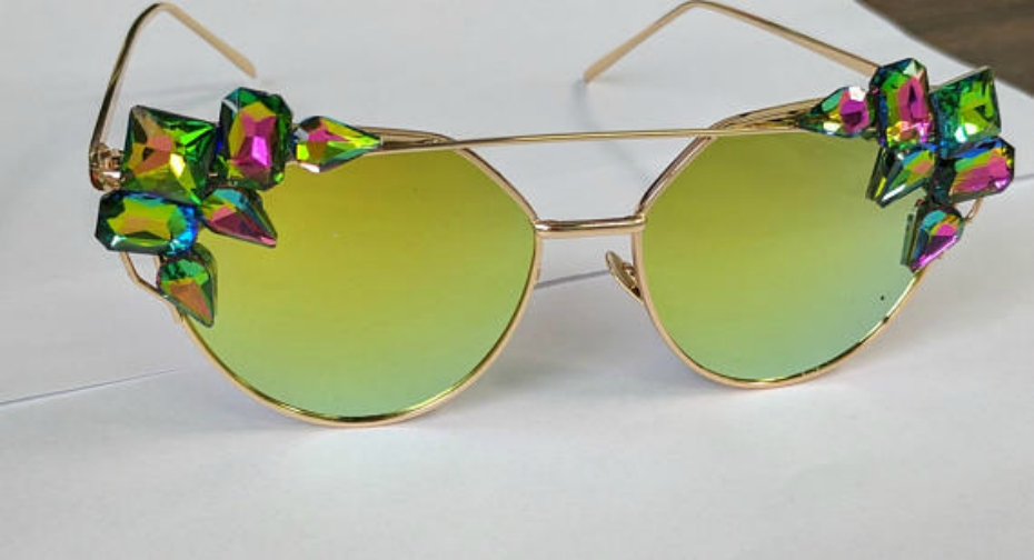 coachella-accessories-etsy-green-gem-sunglasses-040418