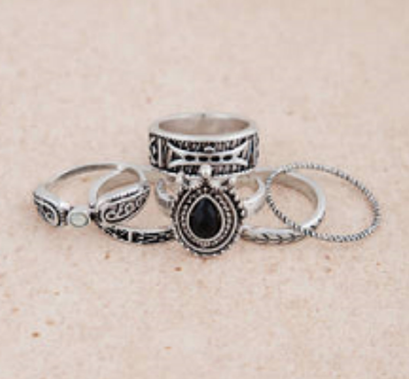 coachella-accessories-tobi-antique-silver-ring-set-040418