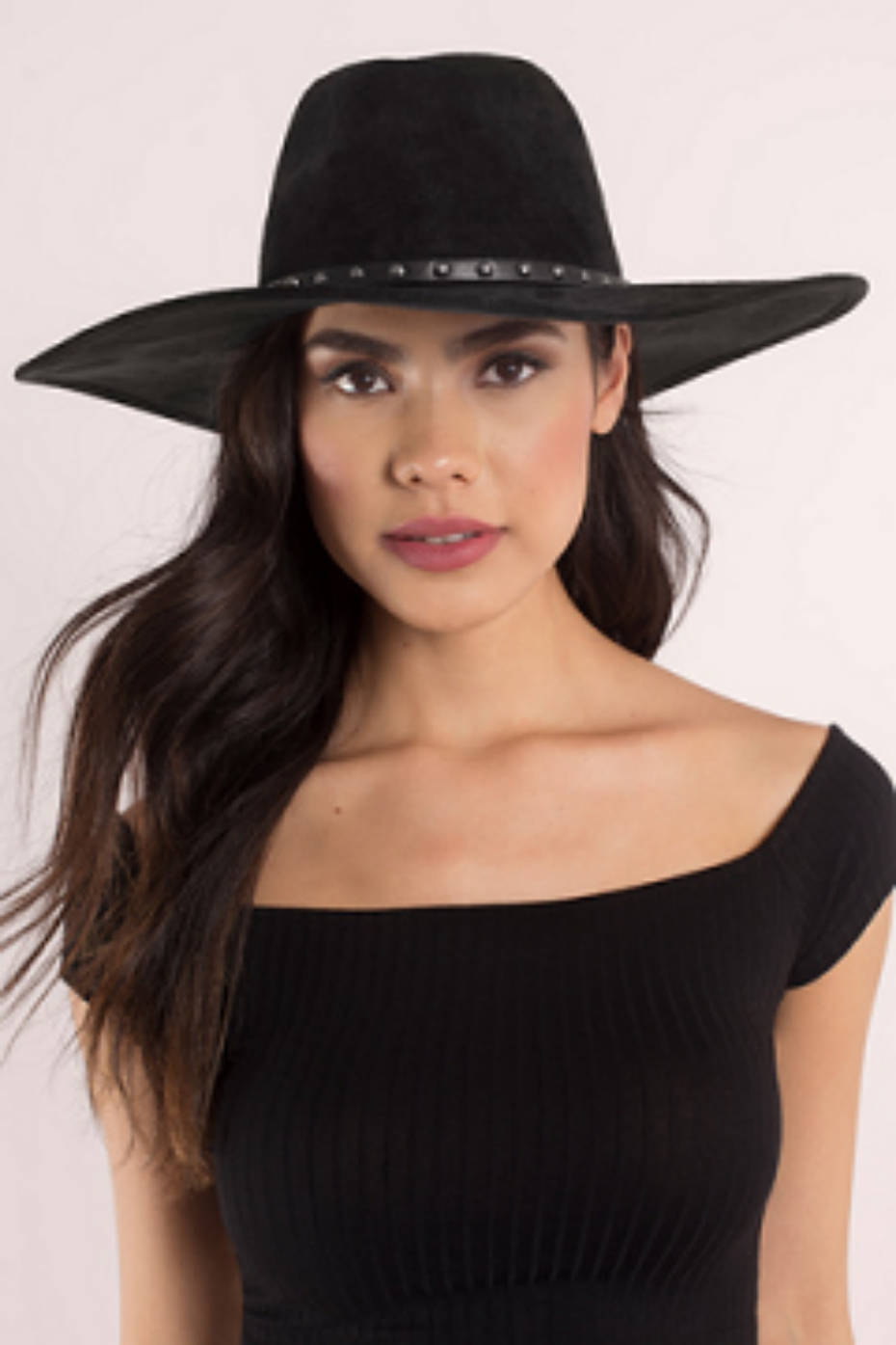coachella-accessories-tobi-bianca-suede-brim-hat-040418