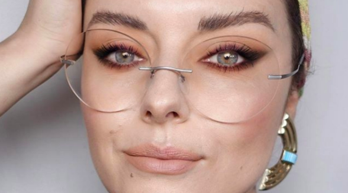 girl with glasses and great skin