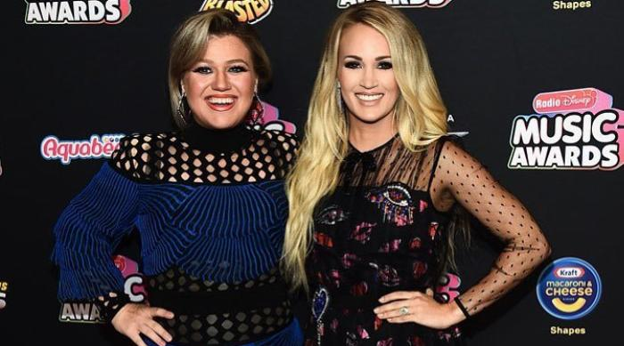 Carrie Underwood and Kelly Clarkson