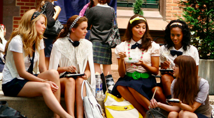 Serena, Blair and friends at lunch