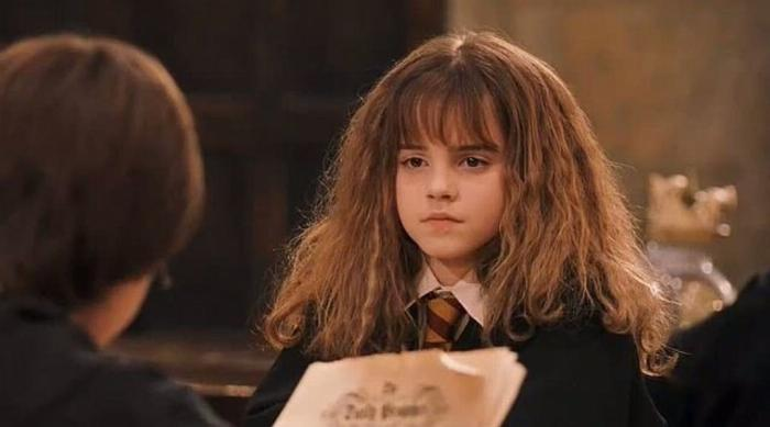 Hermione looking upset at Harry in Harry Potter and the Sorcerer's Stone