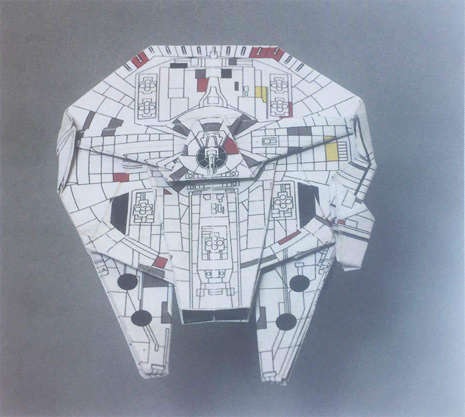 Star Wars Origami: Millenium falcon from book