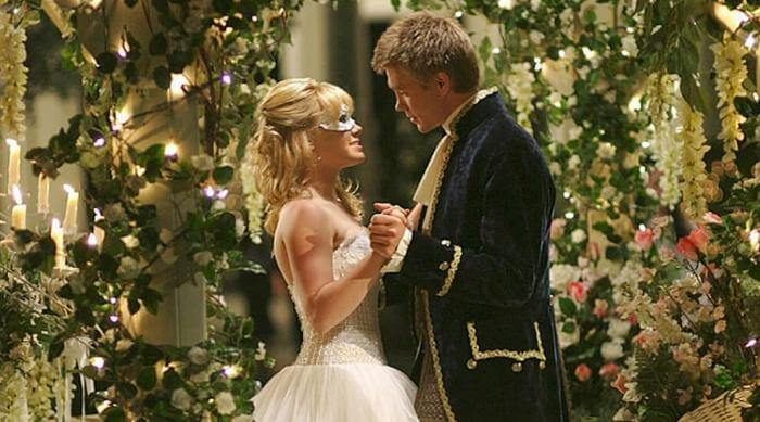 A Cinderella Story: Sam and Austin at the Halloween dance