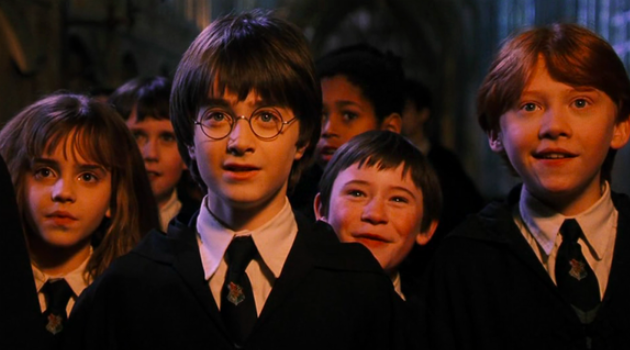 Harry Potter and the Sorceror's Stone: Harry, Ron and Hermione arrive at Hogwarts