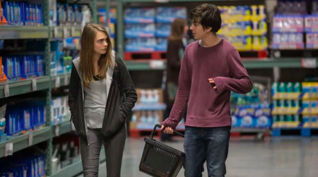 Paper Towns: Margo and Quentin walk through the store
