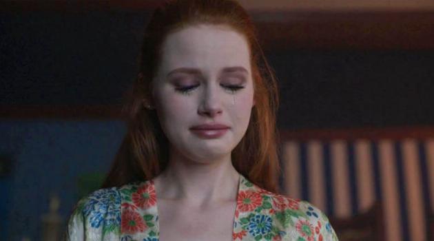 Riverdale: Cheryl Blossom crying