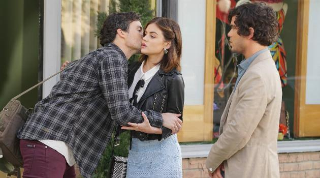 Ezra, Aria, and Holden on Pretty Little Liars
