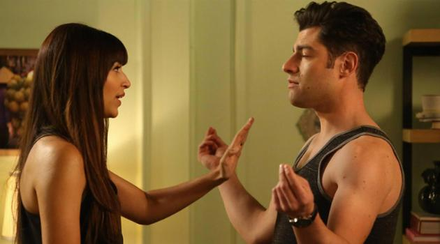 New Girl: Cece and Schmidt fighting
