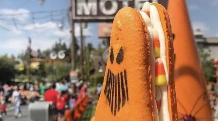 Spokey Cone Macaron For Halloween at Disneyland
