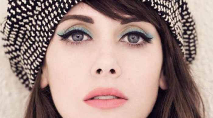 Blue Eyeshadow Trend