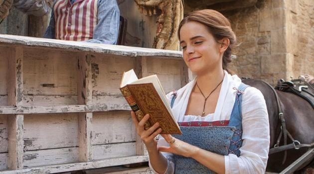 Beauty and the Beast: Belle reading a book and walking