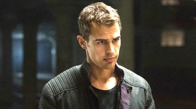 Divergent: Four in Dauntless faction
