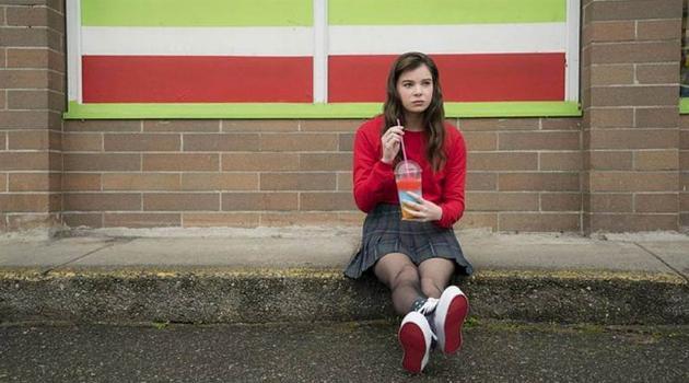 Hailee Steinfeld drinking a slurpee all alone in The Edge of Seventeen
